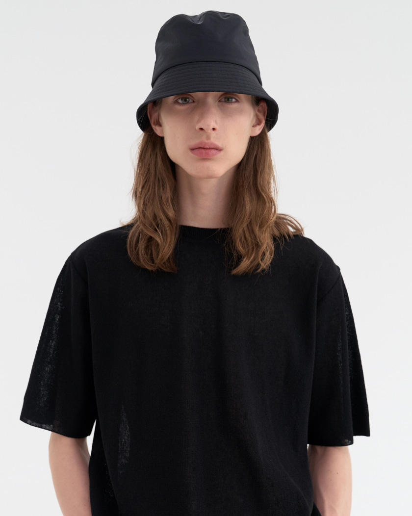 Basic Short Bucket Hat / Black